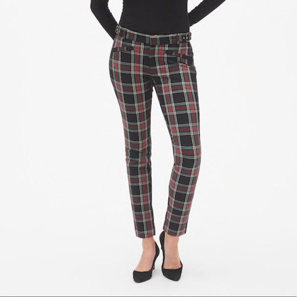 a7533e5f22ddd0 Gap Skinny Tartan Ankle Pant with Buckle Detail. M_5be653104ab633c6e06a3cfa